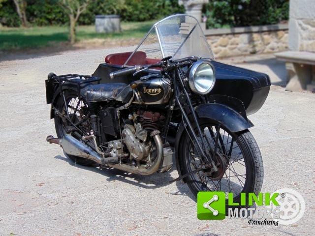 Triumph 500, anno 1935, perfettamente conservata, targa e d For Sale (picture 2 of 6)
