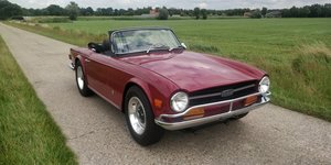 1974 Triumph TR6 '74 Bordeaux