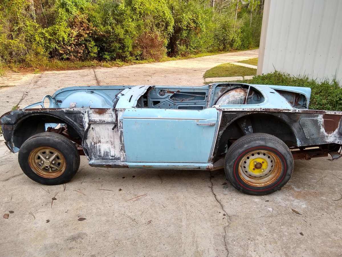 1967 LHD TR4A IRS For Restoration For Sale (picture 1 of 6)