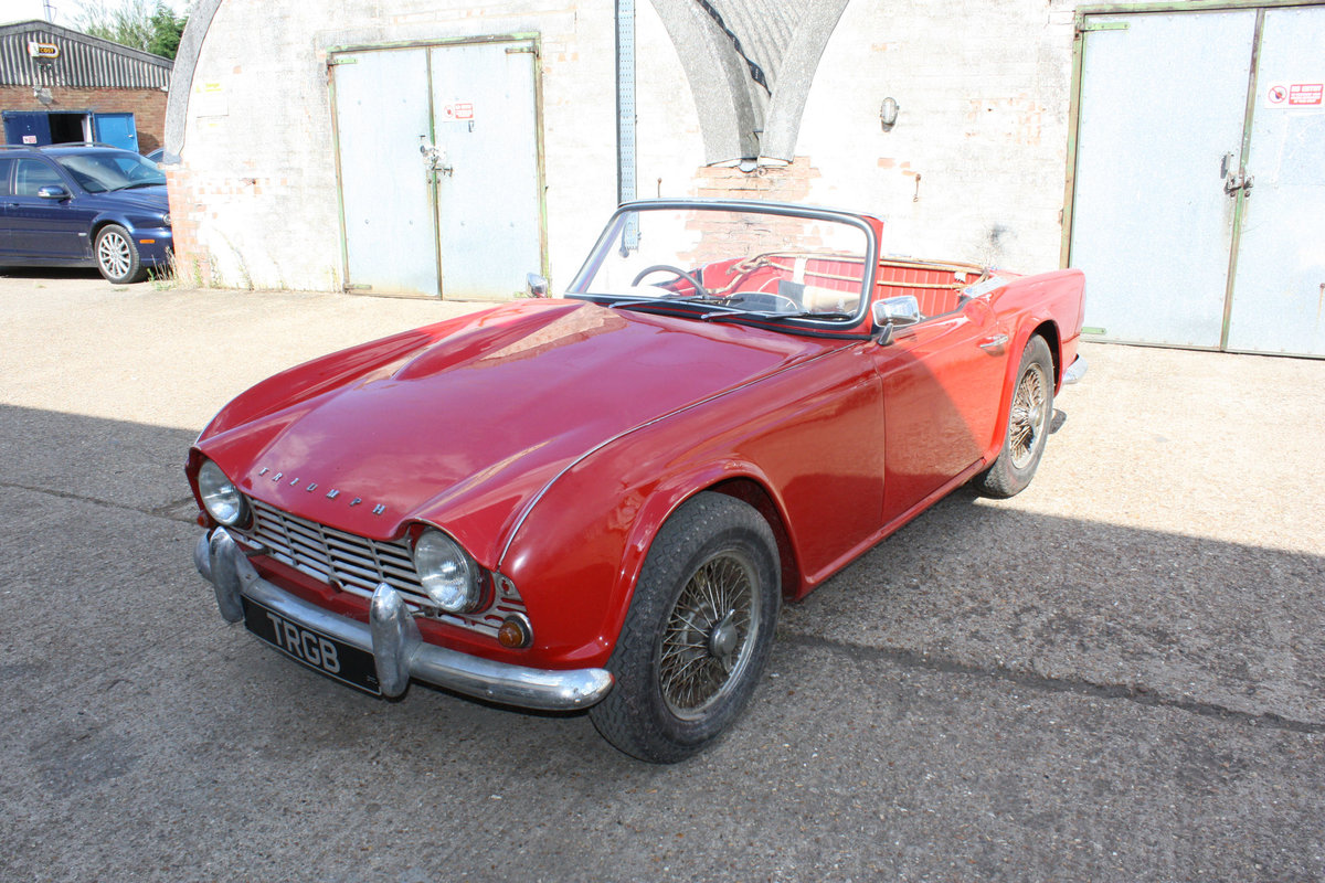 1963 TRIUMPH TR4 PROJECT CAR SOLD (picture 1 of 6)