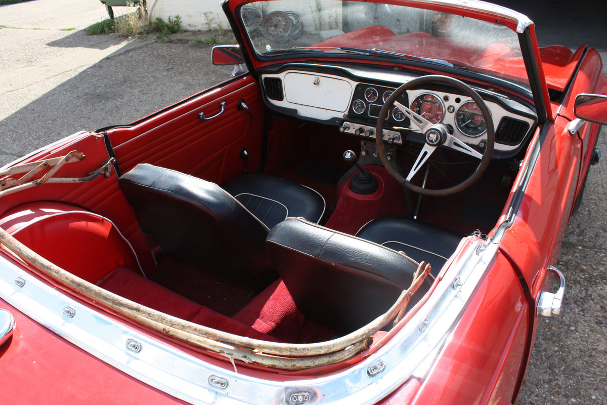 1963 TRIUMPH TR4 PROJECT CAR SOLD (picture 4 of 6)