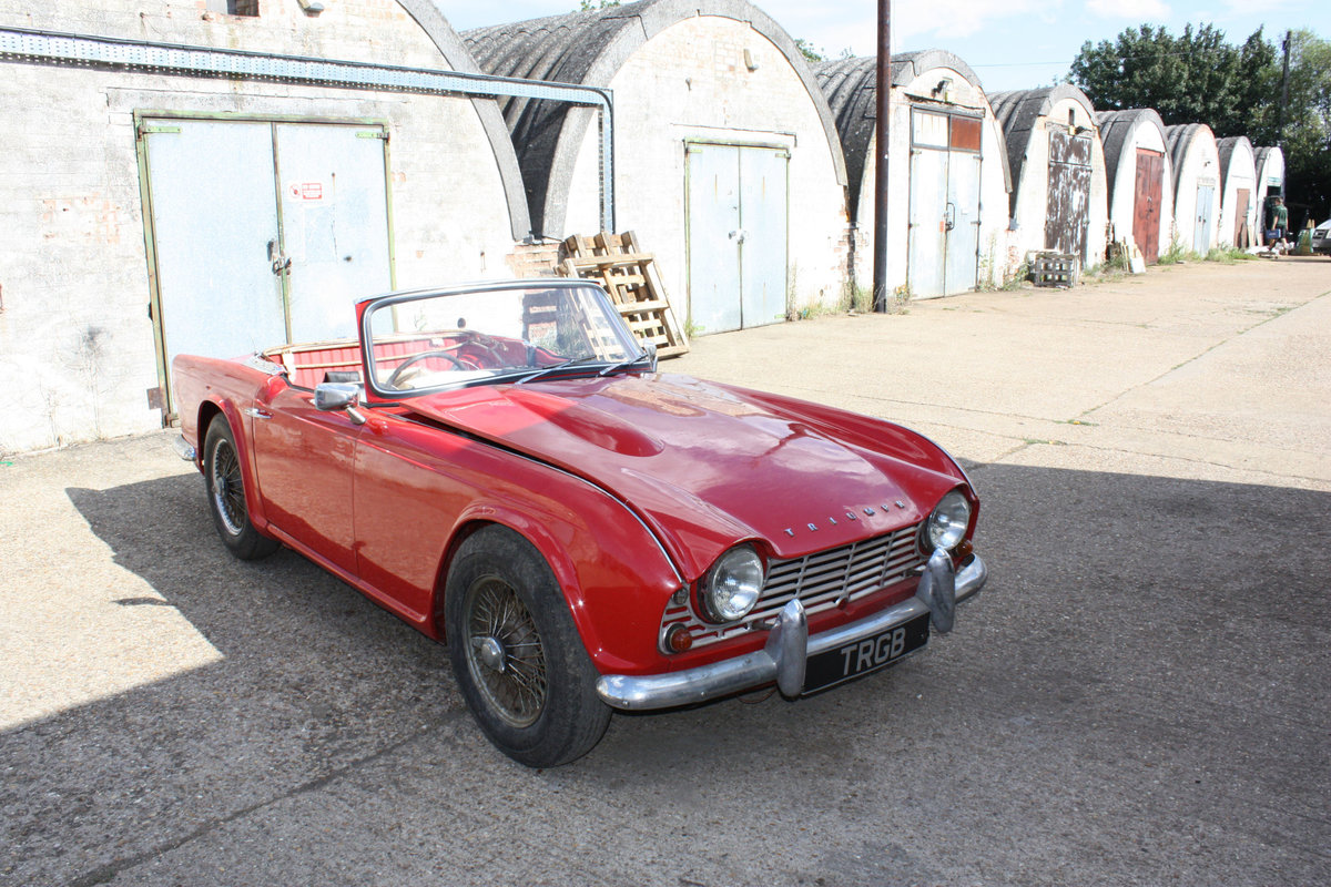 1963 TRIUMPH TR4 PROJECT CAR SOLD (picture 5 of 6)