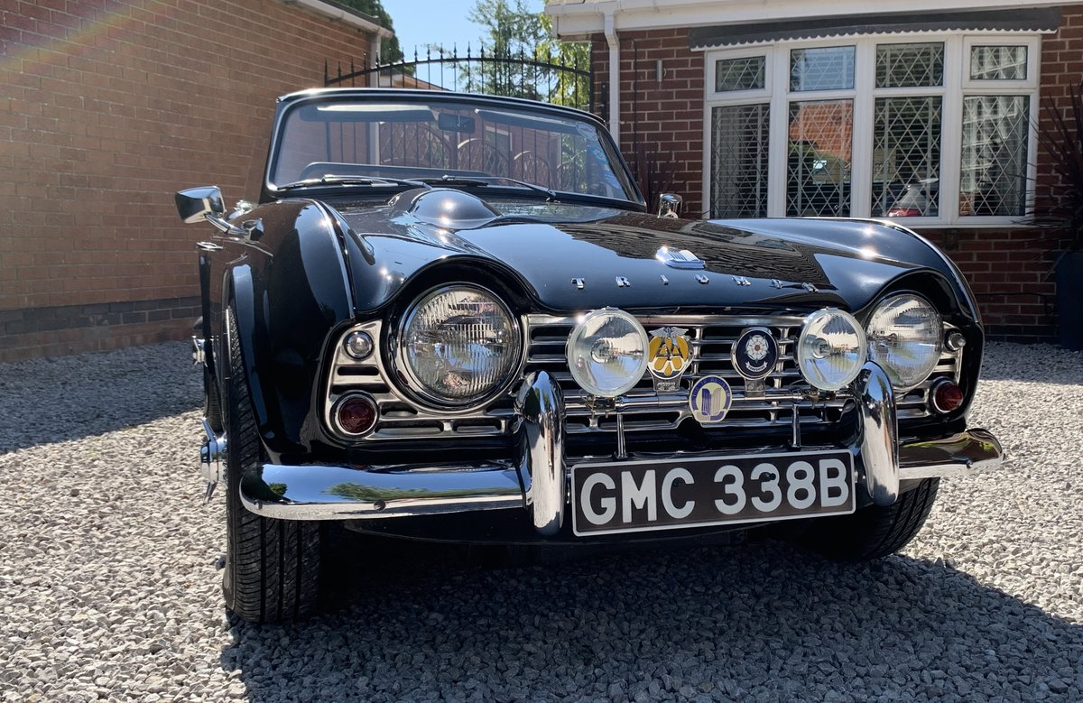 1964 Stunning Triumph TR4 SOLD (picture 4 of 6)