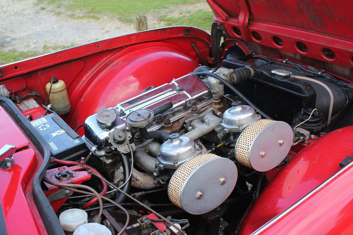 1965 Triumph TR4a IRS £10k recent mechanical work For Sale (picture 6 of 6)
