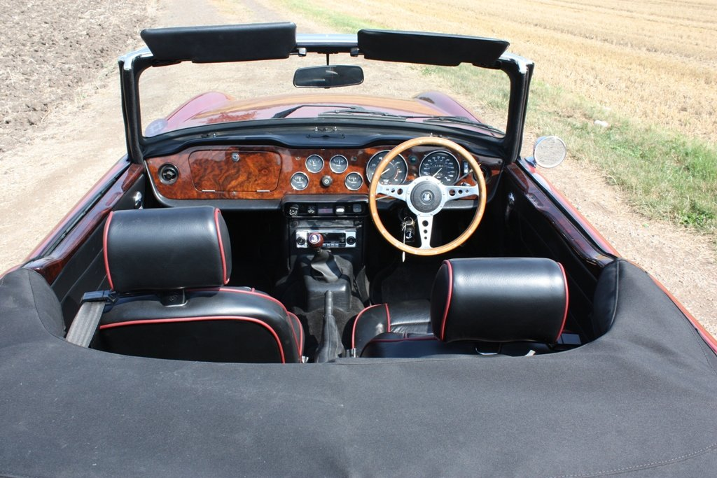 1972 TR6 1973 ORIGINAL UK FUEL INJECTED CAR WITH OVERDRIVE SOLD (picture 2 of 6)