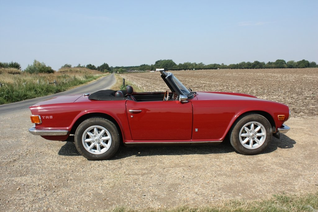 1972 TR6 1973 ORIGINAL UK FUEL INJECTED CAR WITH OVERDRIVE SOLD (picture 3 of 6)