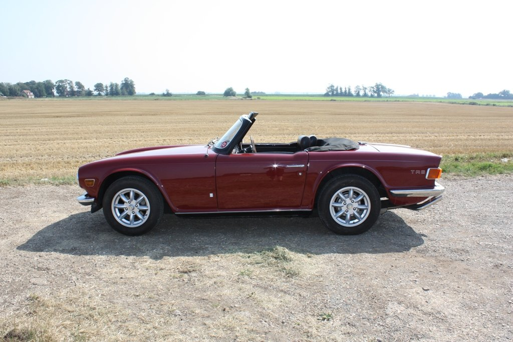 1972 TR6 1973 ORIGINAL UK FUEL INJECTED CAR WITH OVERDRIVE SOLD (picture 5 of 6)