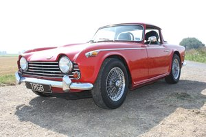 1968 TR5  SIGNAL RED WITH BLACK INTERIOR. SURREY HARD AND SOF