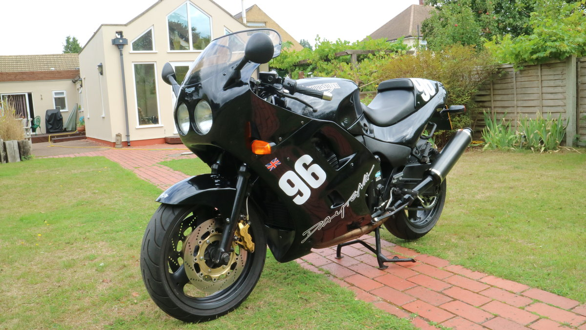 1996 Classic Hinkley muscle bike, fast comfortable SOLD (picture 5 of 6)