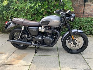 Picture of 2018 Triumph Bonneville T120 Black 1Owner FSH Pristine Condition  For Sale