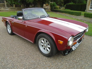 Picture of 1974 Triumph TR6, Triple Webers, 190HP stage 2 head.  For Sale