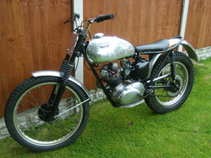 Triumph tiger cub trials