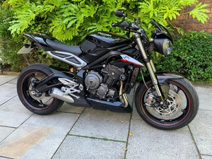 Picture of 2017 Triumph Street Triple RS 765, 1 Owner, Pristine Condition SOLD