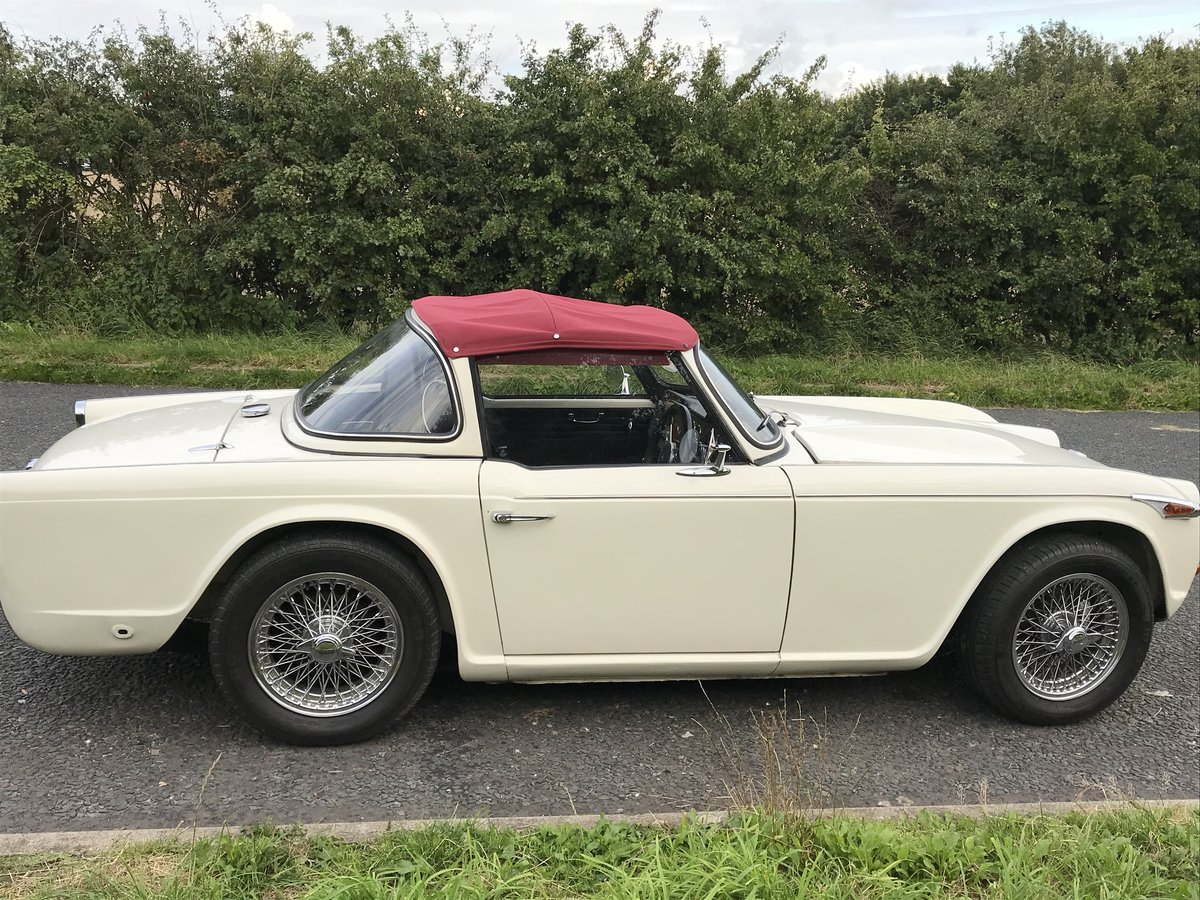 1966 Lovely TR4 A  For Sale (picture 5 of 6)