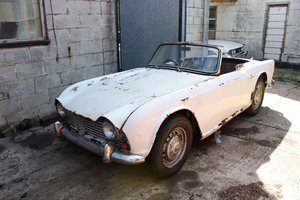 1962 TRIUMPHTR4 PROJECT CAR- REQUIRES COMPLETE RESTORATION.  For Sale