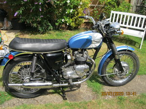 Triumph T100 Daytona 500cc 1 Excellent condition.