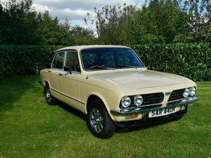 **OCTOBER ENTRY** 1977 Triumph Dolomite 1500 HL