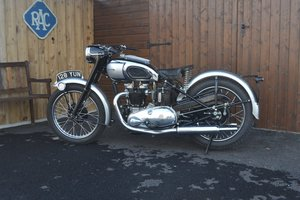 Picture of 1951 TRIUMPH T100 TIGER 500cc TWIN MOTORBIKE For Sale