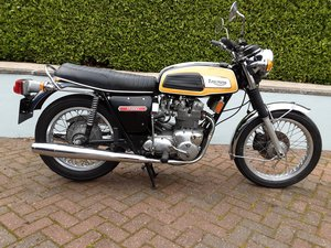 Picture of A 1975 Triumph Trident T 150 V - 11/11/2020 SOLD by Auction
