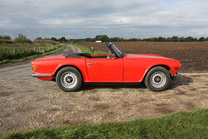 Picture of TR6 1970  GENUINE UK RHD  150 BHP TR6 WITH OVERDRIVE.  SOLD