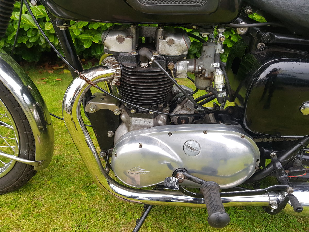 1957 Triumph 6T 650 Thunderbird  For Sale (picture 5 of 6)