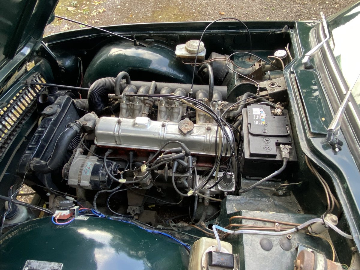 1969 Triumph TR6 150 BHP PI. British Racing Green For Sale (picture 6 of 6)