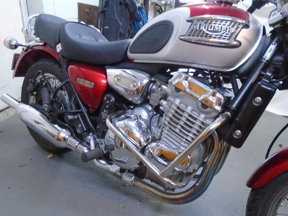 2003 Triumph Thunderbird 900, 4200 Miles For Sale (picture 1 of 6)