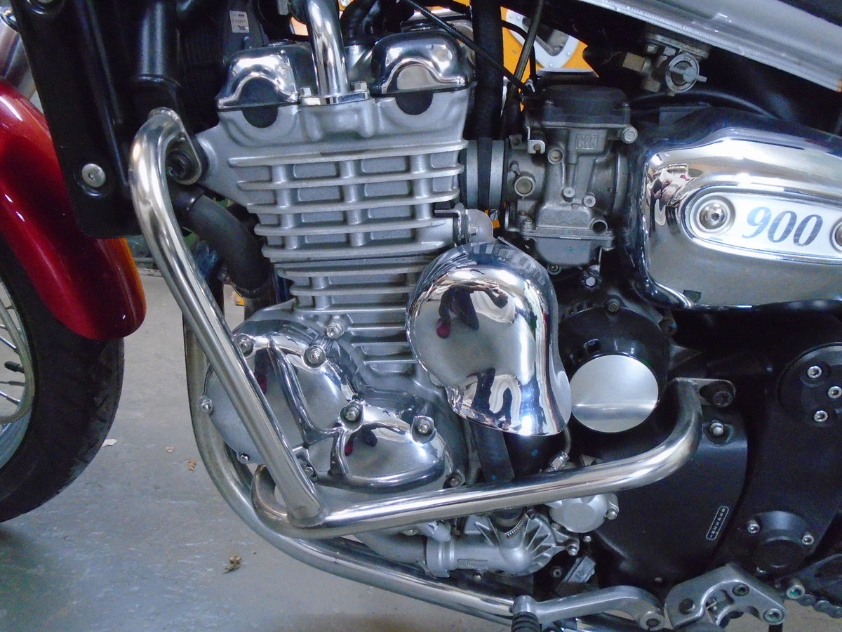 2003 Triumph Thunderbird 900, 4200 Miles For Sale (picture 3 of 6)
