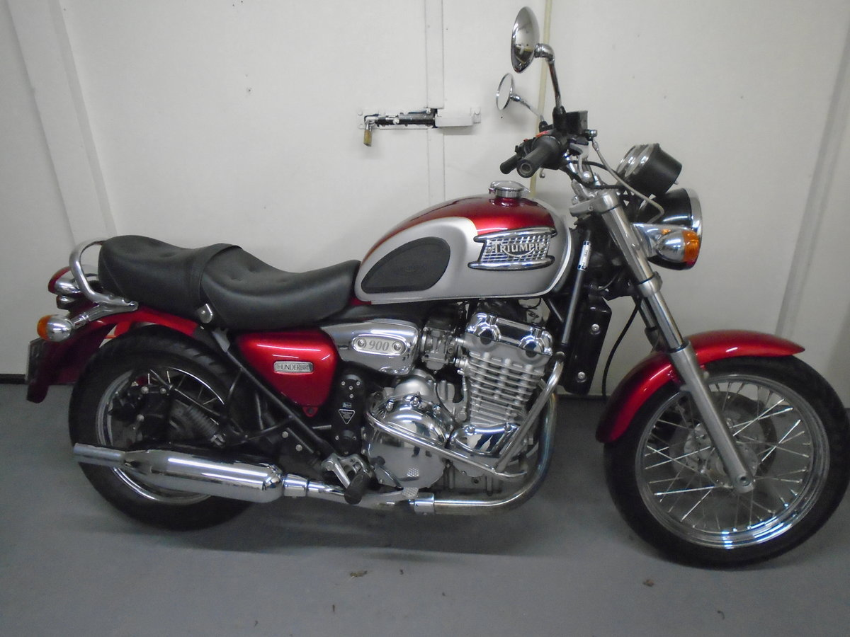 2003 Triumph Thunderbird 900, 4200 Miles For Sale (picture 4 of 6)