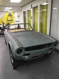 Picture of 1071 Triumph TR6 Project