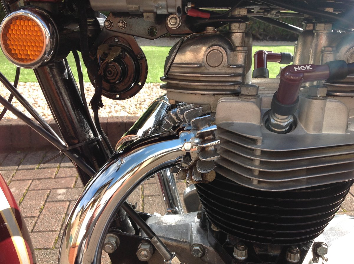 1970 Triumph bonneville T120R stunning example For Sale (picture 5 of 6)