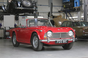 Picture of 1965 Triumph TR4a IRS £10k recent mechanical work