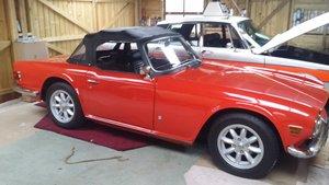 Triumph TR6 pimento red, overdrive