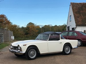 Picture of 1967 Triumph TR4a, overdrive, Surrey top, UK car For Sale