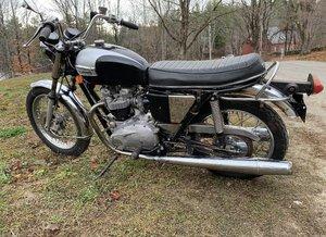 Triumph bonneville T120R 1971 650cc unit construct