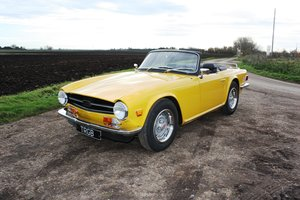 Picture of TR6 1976. LHD. INCA YELLOW WITH BLACK INTERIOR. SOLD