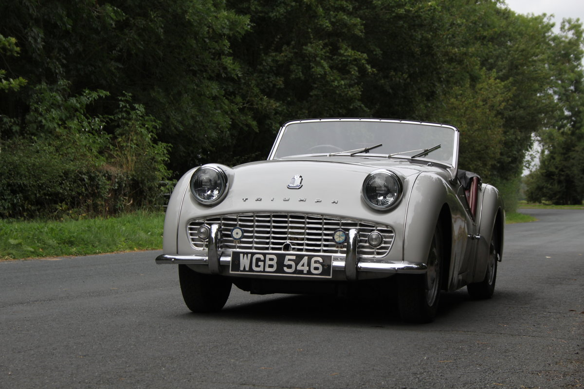 1959 Triumph TR3A, Beautifully aged restoration For Sale (picture 3 of 16)