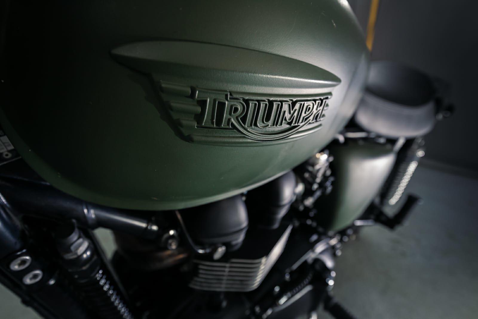 2015 Triumph Bonneville Scrambler Mcqueen tribute For Sale (picture 5 of 6)
