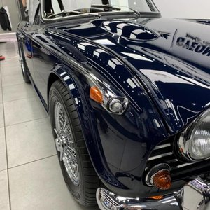 Picture of EXCEPTIONAL TRIUMPH TR5 1968 ROYAL BLUE WITH OVERDRIVE AND S SOLD