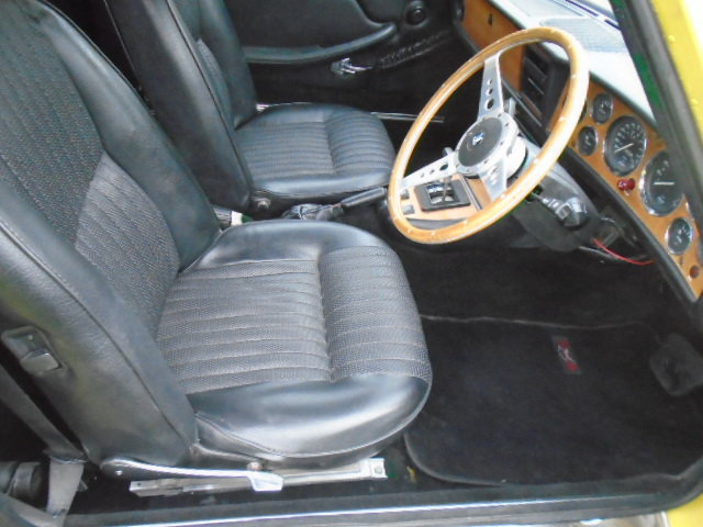 1974 Triumph Stag Auto, new soft top. wire wheels. For Sale (picture 8 of 12)