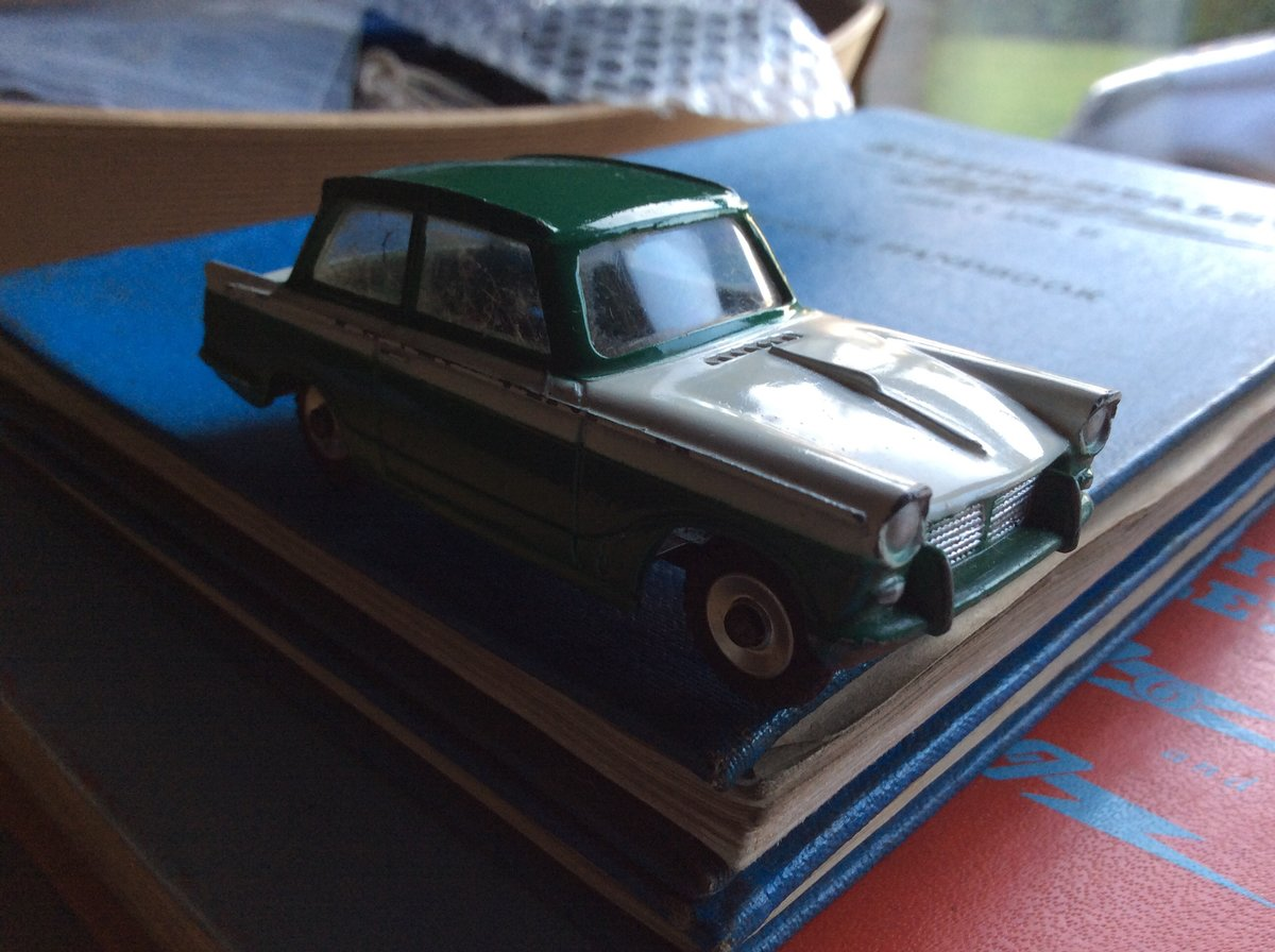 Triumph Herald Dinky model 189 For Sale (picture 5 of 6)
