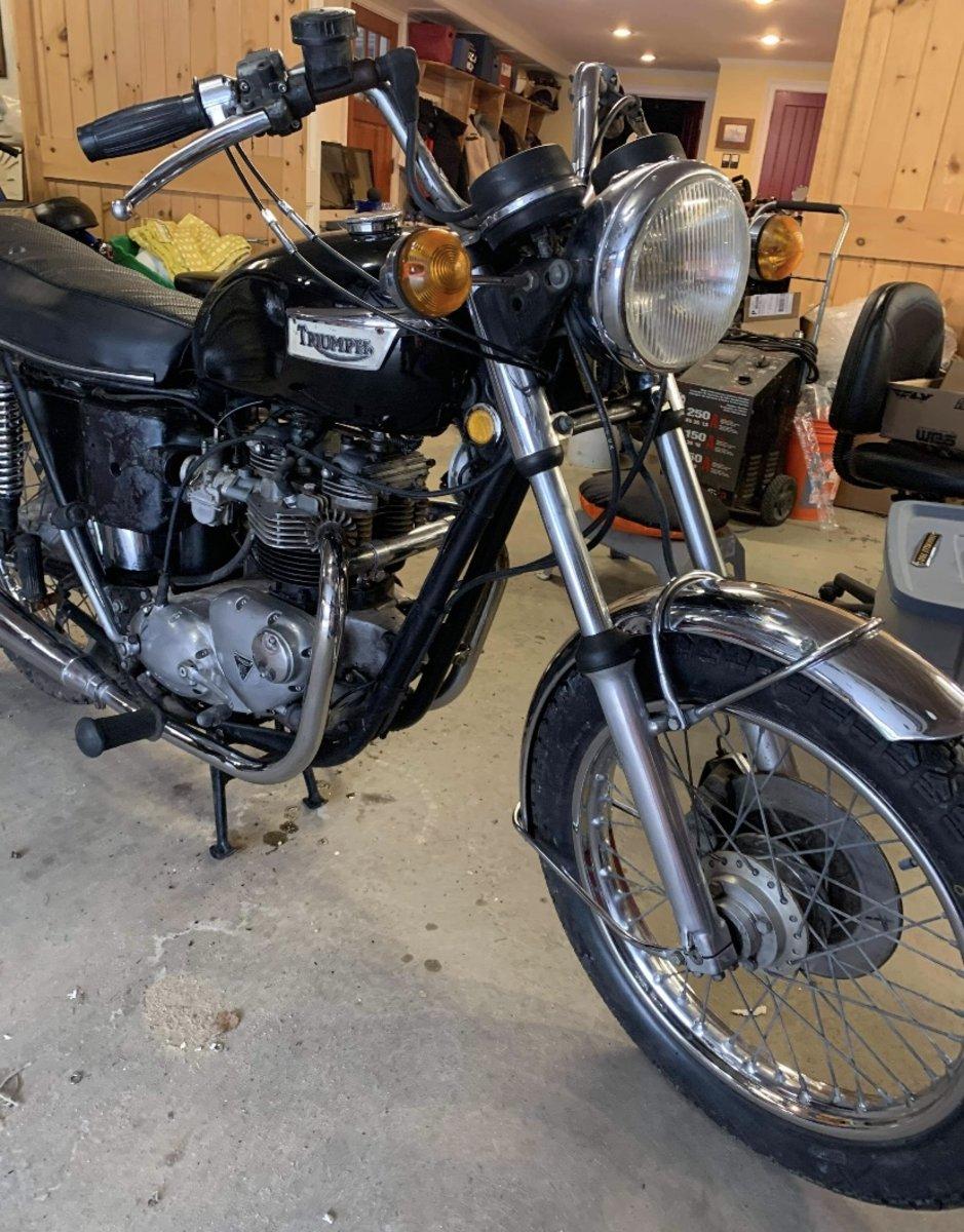 Triumph Tigerville 750cc 1973 restoration Project For Sale (picture 9 of 12)