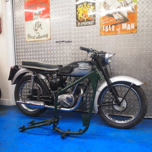 Picture of 1967 Triumph T20 Tiger Cub 200cc Barn Find + Spares. SOLD