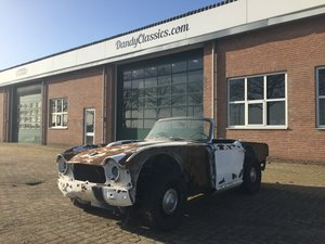 Picture of 1964 Triumph TR4 for parts or restoration For Sale