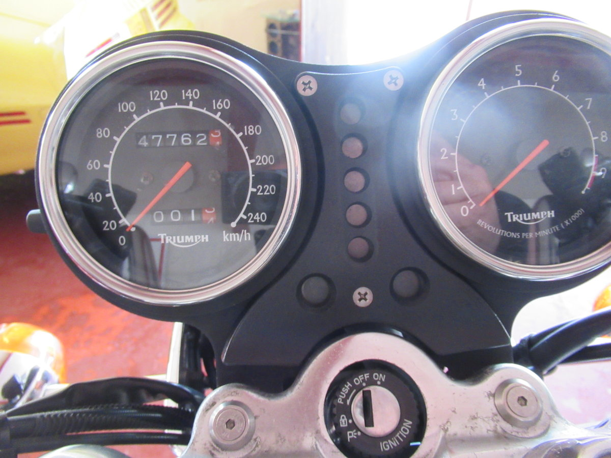 2003 TRIUMPH THUNDERBIRD 900 CC 47,000 KM For Sale (picture 6 of 11)