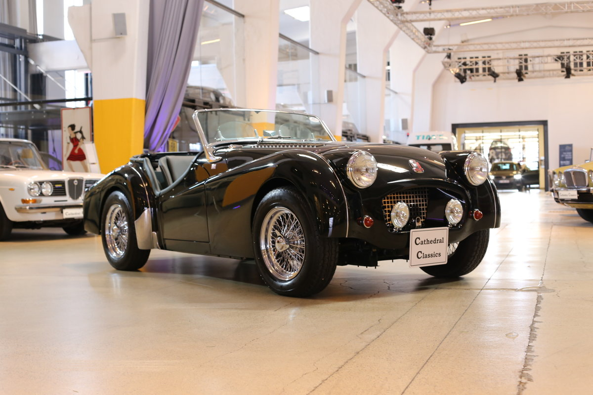1955 A charming – as good as it gets – fully restored Triumph TR2 For Sale (picture 9 of 12)