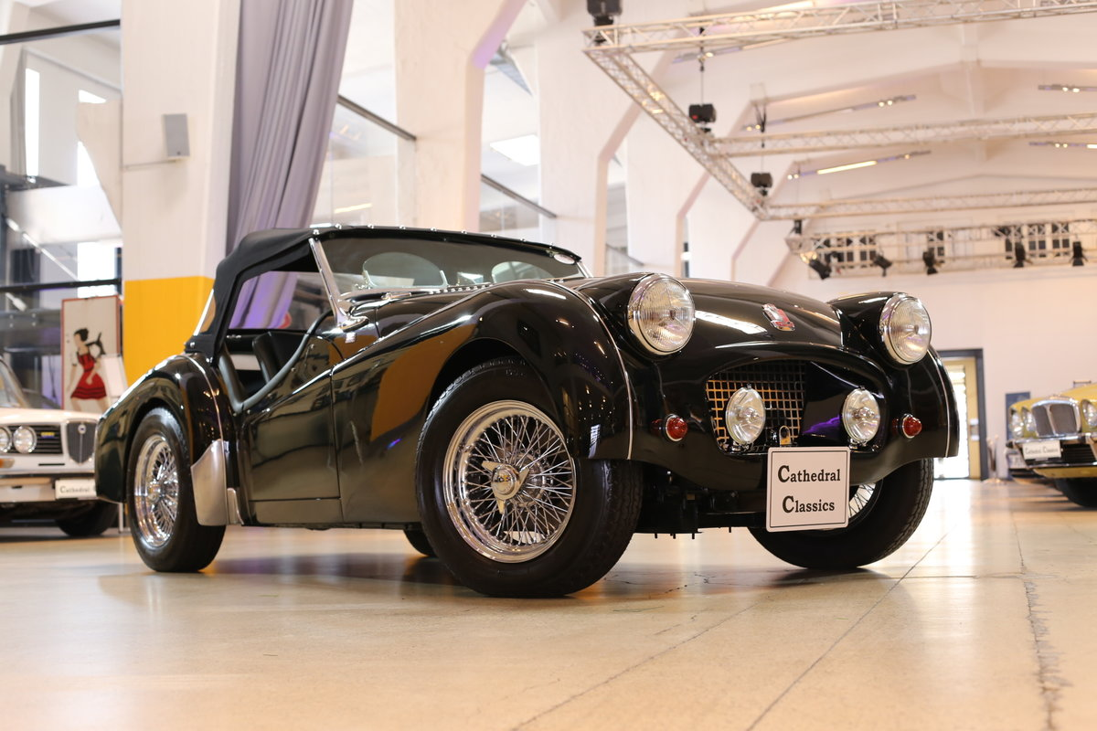 1955 A charming – as good as it gets – fully restored Triumph TR2 For Sale (picture 10 of 12)