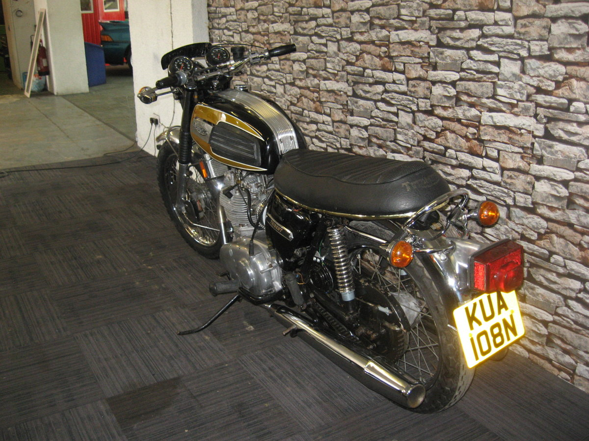 1975 N-reg Triumph Trident 750 finished in black and gold For Sale (picture 5 of 12)