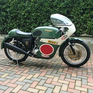 Picture of 1969 Triumph Trident ex.Bennett Team TT rider Darryl Pendlebury For Sale