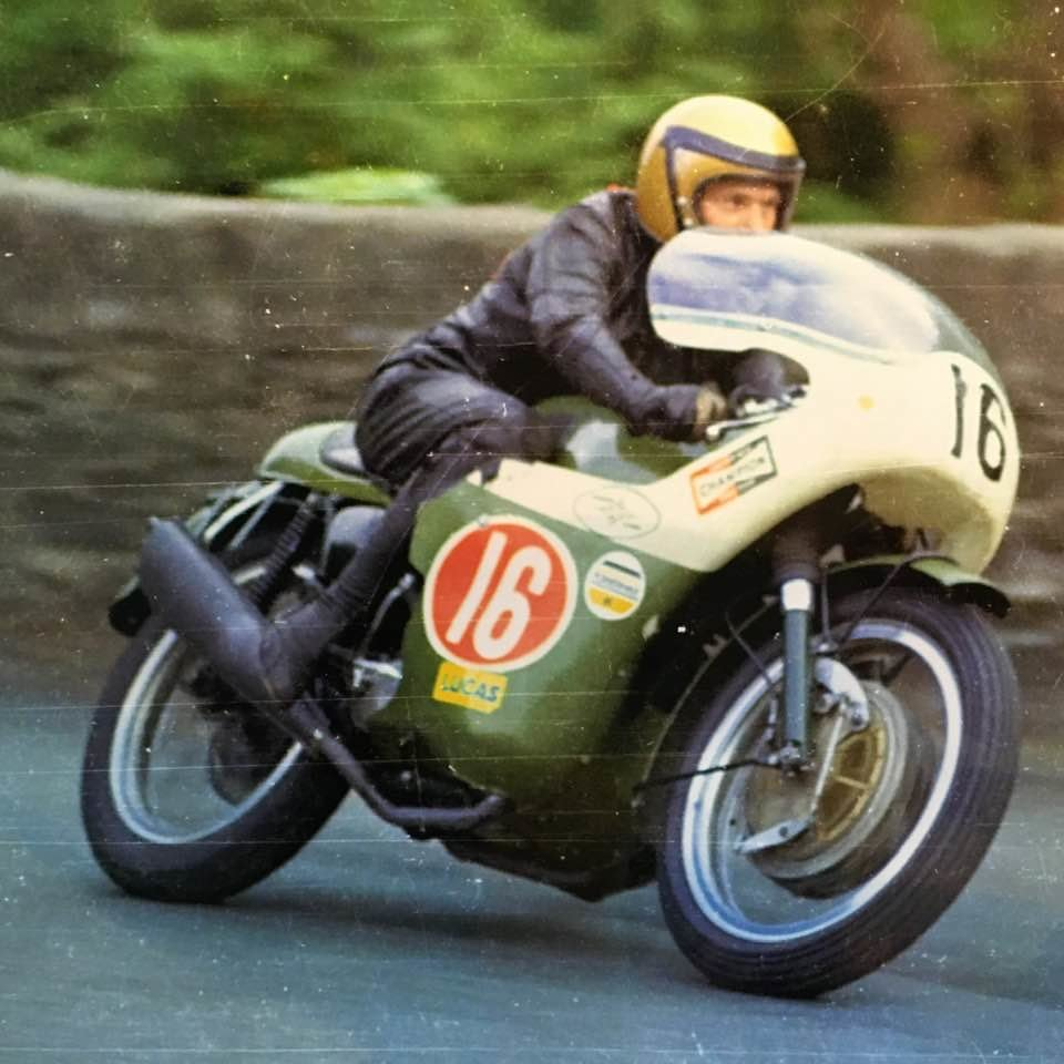 1969 Triumph Trident ex.Bennett Team TT rider Darryl Pendlebury SOLD (picture 4 of 8)